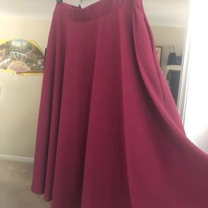 crepe skirt with pockets!